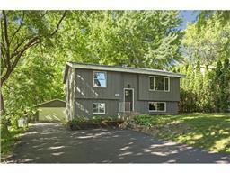 5966 Gumwood Rd, Mound, MN 55364