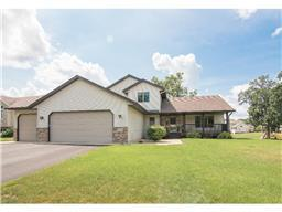 11156 Olympia Ave, Becker, MN 55308