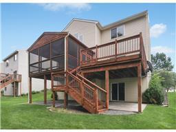 8456 Savanna Oaks Ln, Woodbury, MN 55125