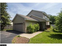 2012 Mendelssohn Ave N, Golden Valley, MN 55427