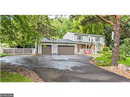 8901 Rosewood Ln N, Maple Grove, MN 55369