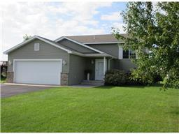 225 Victory Ave, Sartell, MN 56377