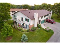 3963 Gershwin Ave N, Oakdale, MN 55128