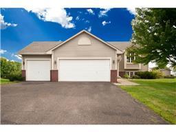 26675 Meadow Ridge Dr, Elko New Market, MN 55020