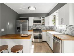 1468 Orchard Pkwy S, Shakopee, MN 55379