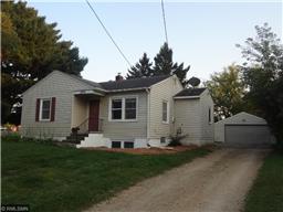 1896 Kohlman Ave, Maplewood, MN 55109