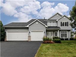 10069 Maplewood Cir N, Champlin, MN 55316