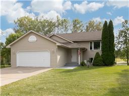 4531 S Hay Lake Rd, Eagan, MN 55123