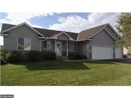 920 Morrison Ave S, Annandale, MN 55302