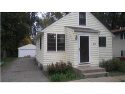2677 Midvale Pl E, Maplewood, MN 55119