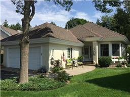 512 Wildflower, Burnsville, MN 55306