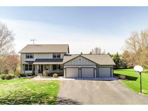 52 Roberts Homes For Sale Roberts Wi Real Estate Movoto