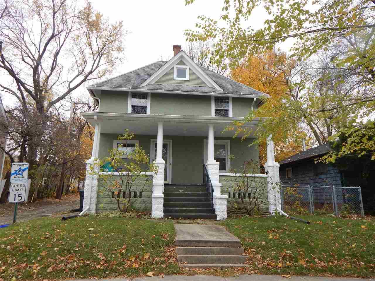 1319 Crosby St, Rockford, IL