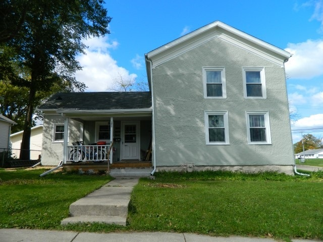 1805 17th Ave, Monroe, WI