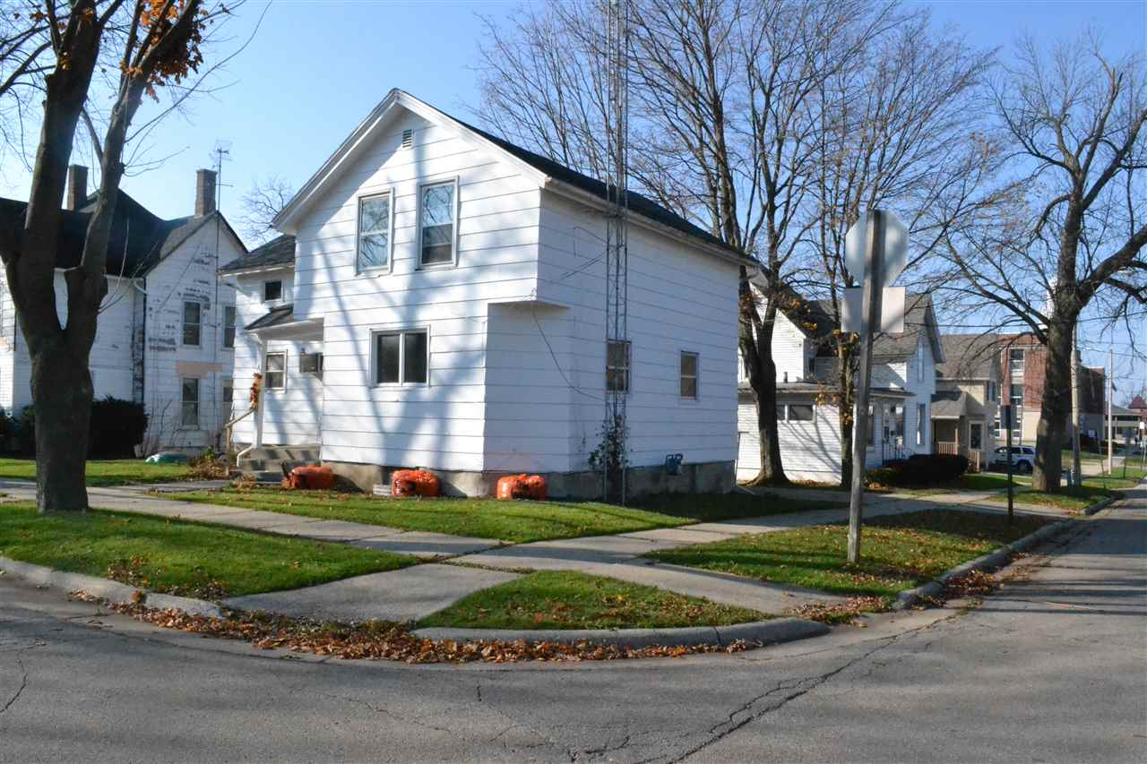 1303 17th Ave, Monroe, WI
