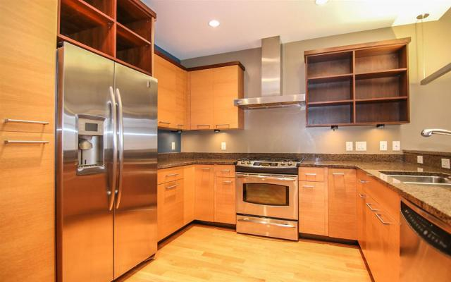 309 W Washington Ave #APT 715, Madison WI 53703