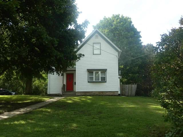 1020 6th St, Beloit WI 53511