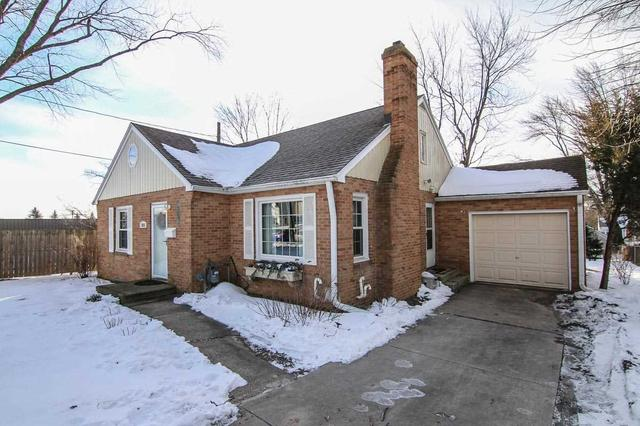 3825 Mineral Point Rd, Madison WI 53705