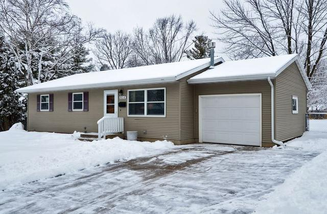 6018 Meadowood Dr, Madison WI 53711