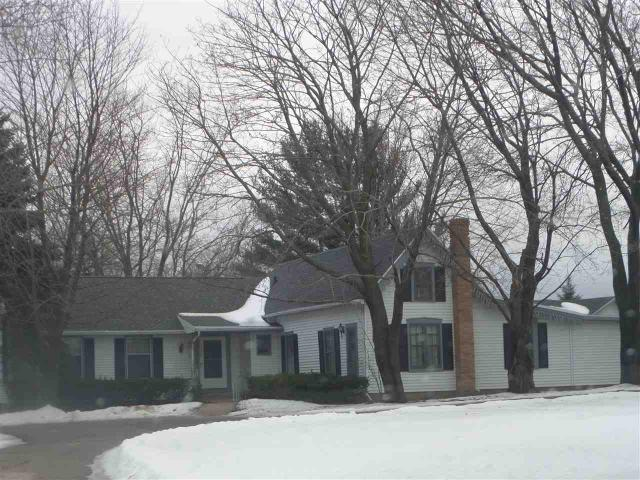 2917 Mineral Point Ave, Janesville WI 53548