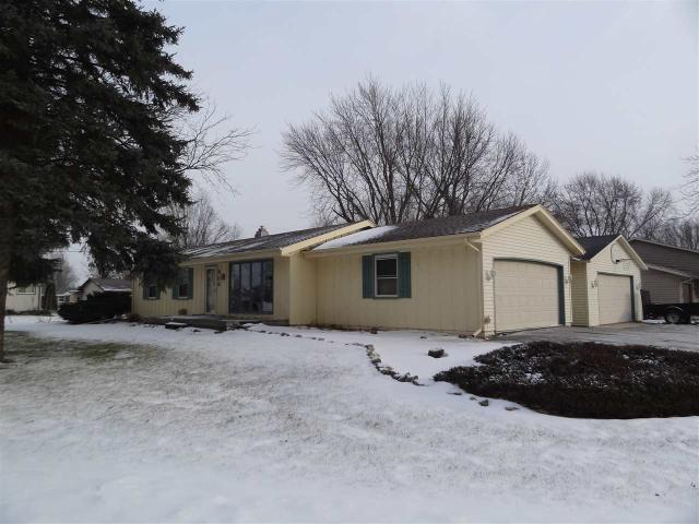 906 Norwood Rd, Janesville WI 53545