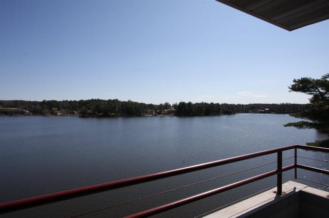 530 E Hiawatha Dr #419 Lake Delton, WI 53940