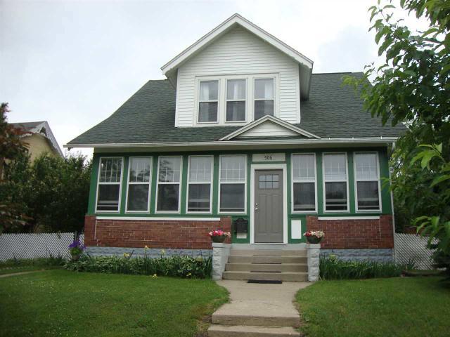 506 W Carroll St, Portage WI 53901