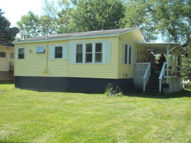 n6425 West Lake Road, Portage WI 53901