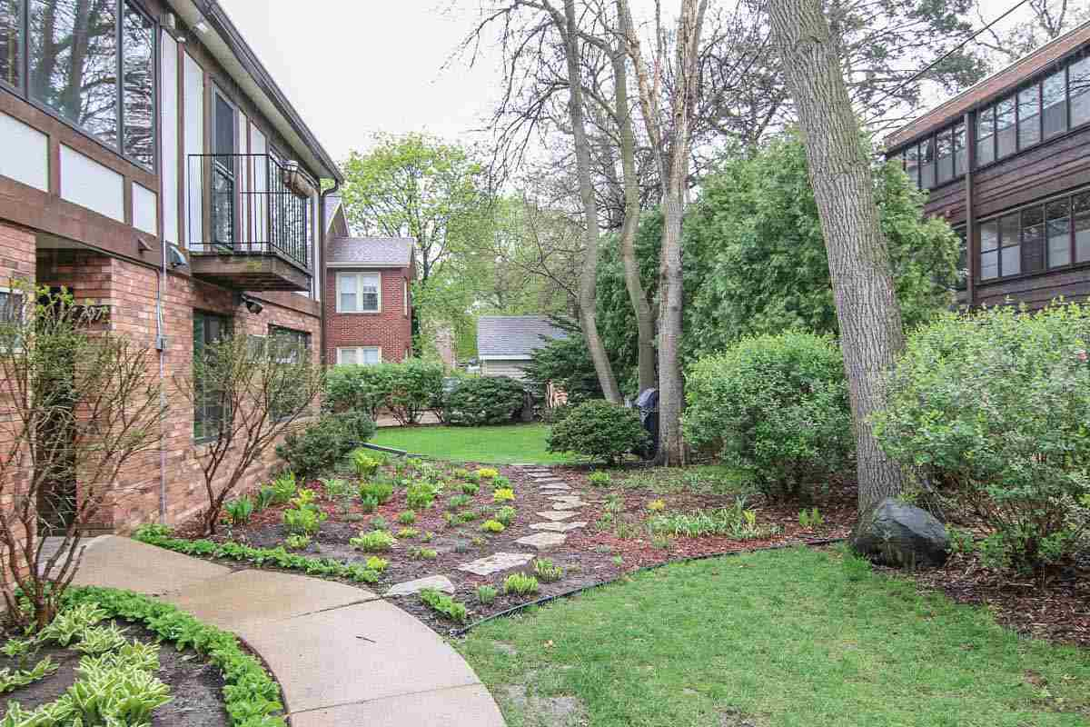 311 Forest St #APT 2E, Madison, WI