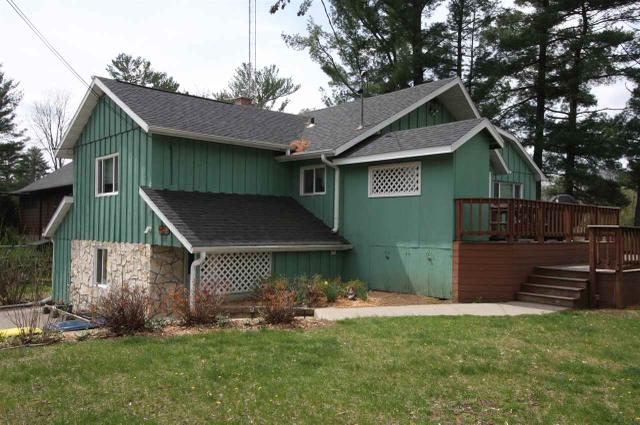 215 Canyon Rd, Wisconsin Dells WI 53965