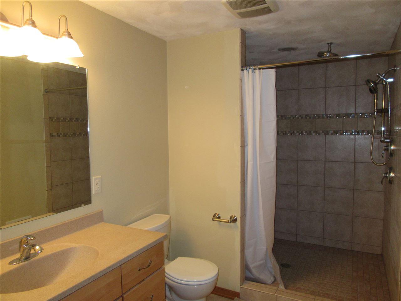 Bathroom Fixtures Janesville Wi 1727 st george ln, janesville, wi 53546 mls# 1773736 - movoto