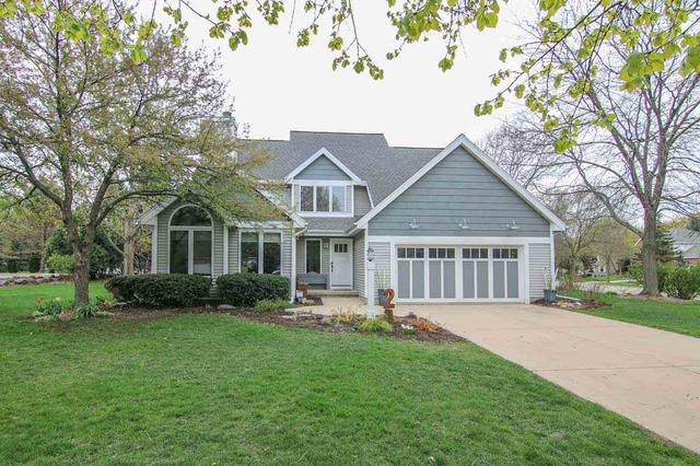 2 Hodgson Ct, Madison WI 53717