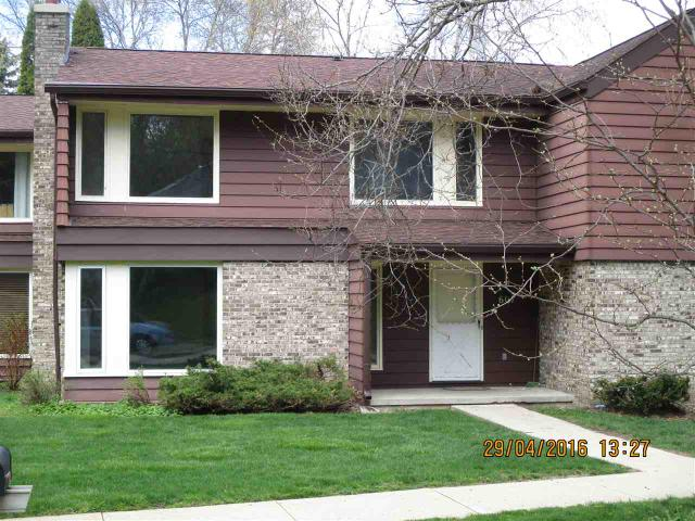 607 Walnut Grv #APT 10 Madison, WI 53717