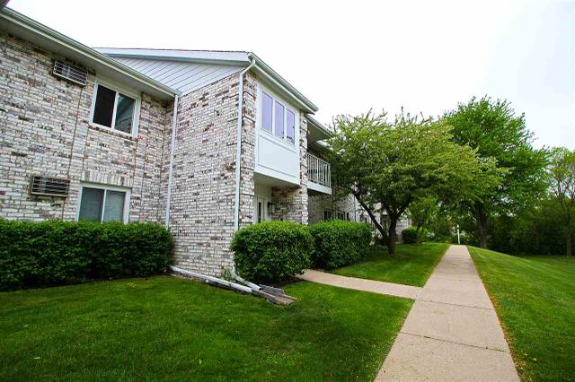 66 Ponwood Cir #APT H, Madison WI 53717