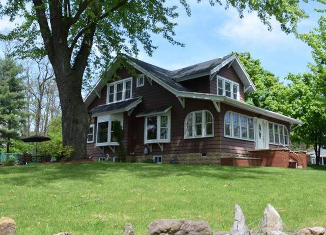 211 Sarrington Rd, Wisconsin Dells WI 53965