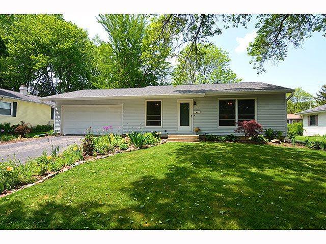 1710 Golden Oak Ln, Madison WI 53711