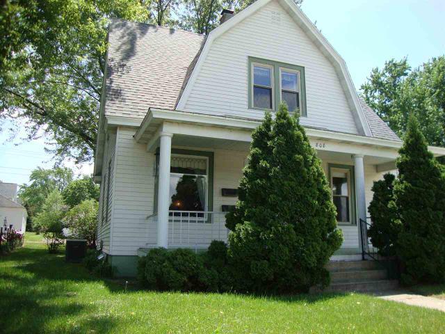 808 W Wisconsin St Portage, WI 53901