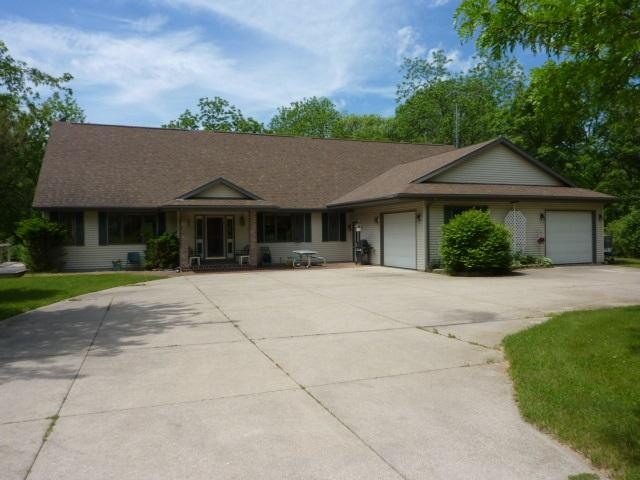 5417 N River Rd, Janesville WI 53545