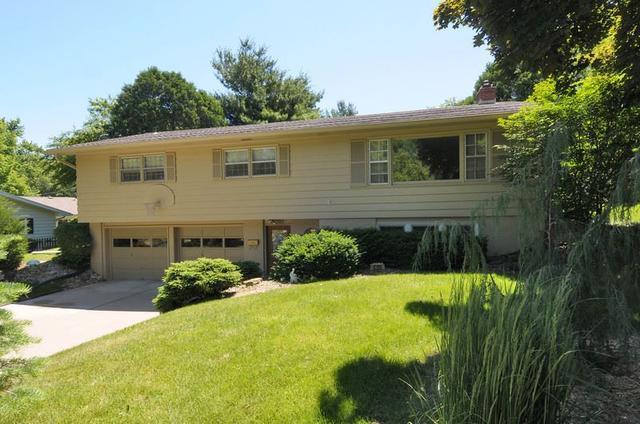 6305 Woodington Way Madison, WI 53711