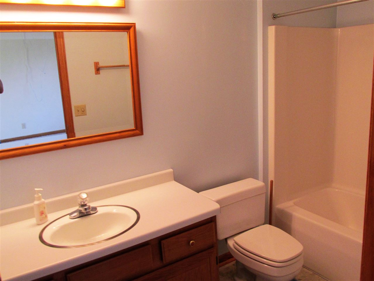 Bathroom Fixtures Janesville Wi 5417 n river rd, janesville, wi 53546 mls# 1790083 - movoto