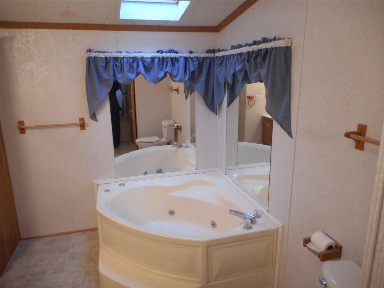 Bathroom Fixtures Janesville Wi 1422 alden rd, janesville, wi 53545 mls# 1791149 - movoto