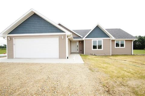 N6589 English Settlement Rd, Albany, WI 53502