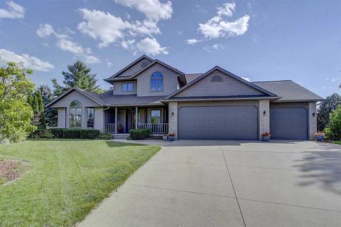 1855 Windemere Ct, Sun Prairie, WI 53590
