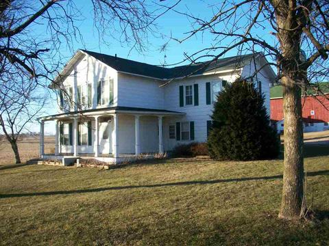 8406 W Hwy 11, Janesville, WI (20 Photos) MLS# 1847852 - Movoto