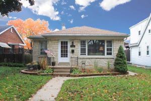 Loans near  W Poe St, Milwaukee WI