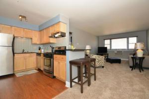 Loans near  N Cambridge Ave , Milwaukee WI