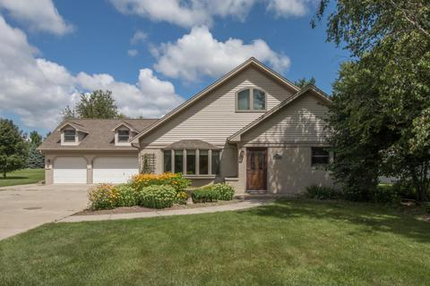 6722 Green Ridge Dr, Mount Pleasant, WI 53406