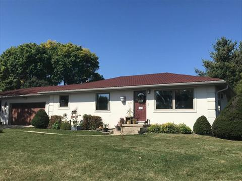 140 2nd St NW, Spring Grove, MN 55974