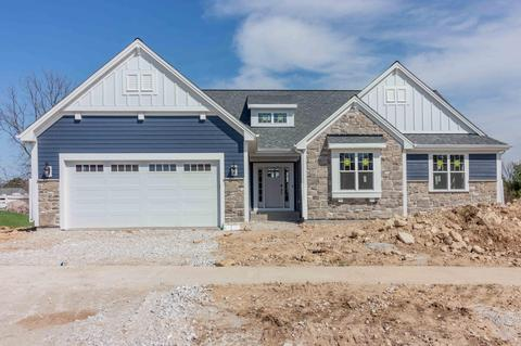 w235n6568 Outer Circle Dr, Sussex, WI 53089