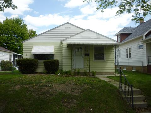 Surprising 1149 Milwaukee Wi Single Family Homes For Sale Movoto Beutiful Home Inspiration Cosmmahrainfo